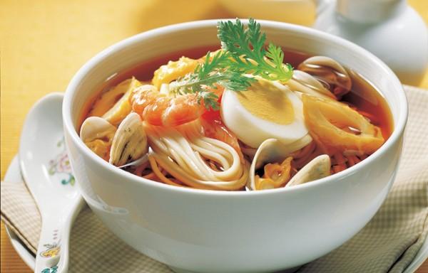 Mỳ Nhật có các loại như ramen, soba...