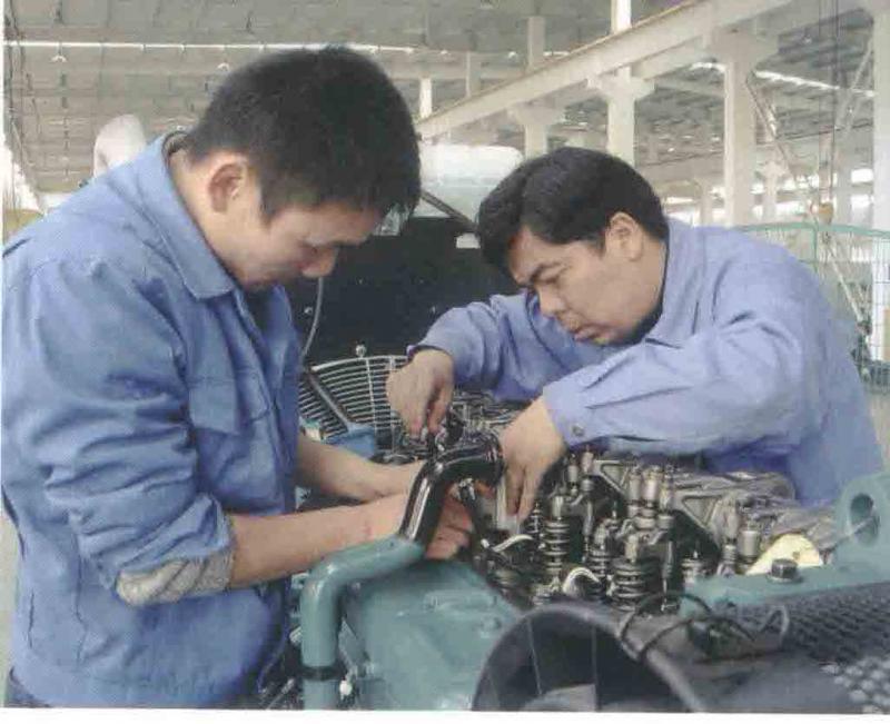 Cần tuyển TTS có kinh nghiệm sửa chữa máy phát điện, máy xây dựng