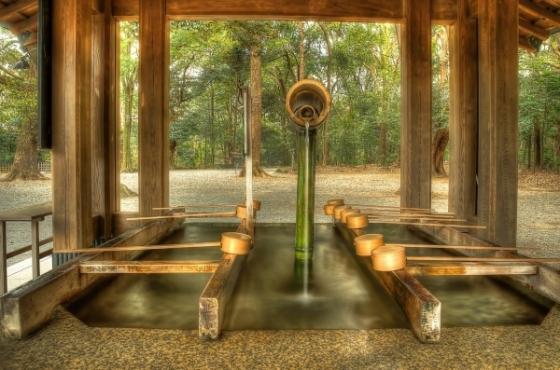 Lọc nước ở chùa