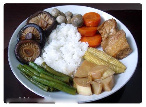 Tuyển nam và nữ đi Nhật Bản đơn chế biến rau củ và nước sốt