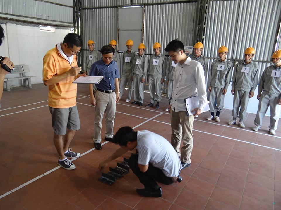 Thi tuyển xuất khẩu lao động đơn hàng điện tử đi Nhật Bản