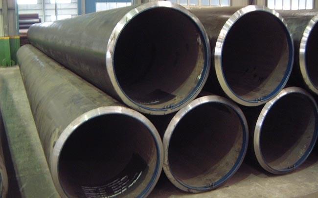 Tuyển 6 nam làm lắp đặt đường ống