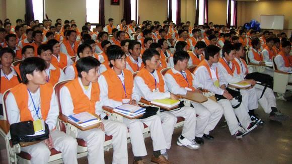 Xét tuyển đi xuất khẩu lao động Hàn Quốc và Nhật Bản trong năm tới