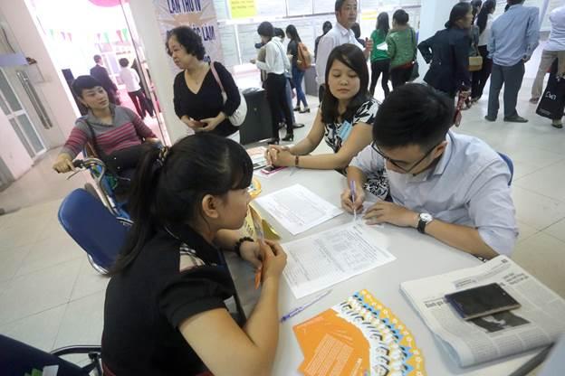 Lao động Bắc Giang đến trung tâm xuất khẩu Nhật Bản đăng ký