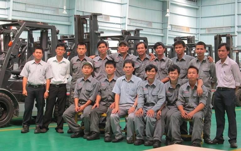 Thực tập sinh người Việt đang làm việc tại công ty
