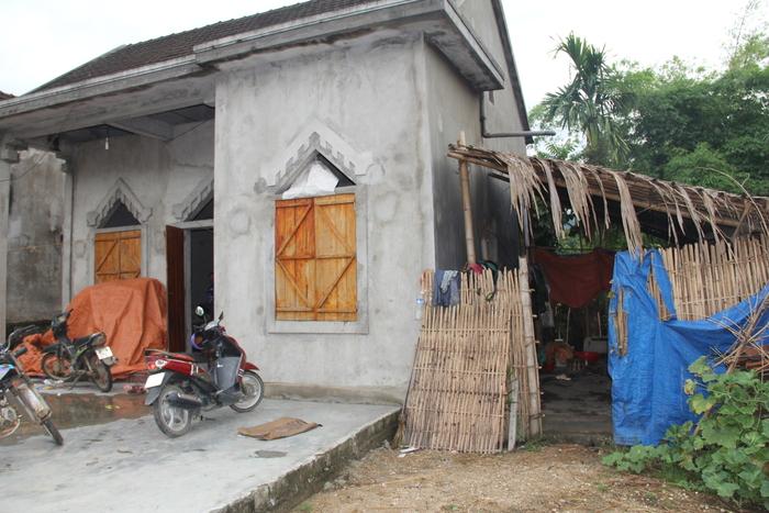 Căn nhà của gia đình chị Lê Thị Thủy ở bản Ná Ngá, xã Mường Nọc