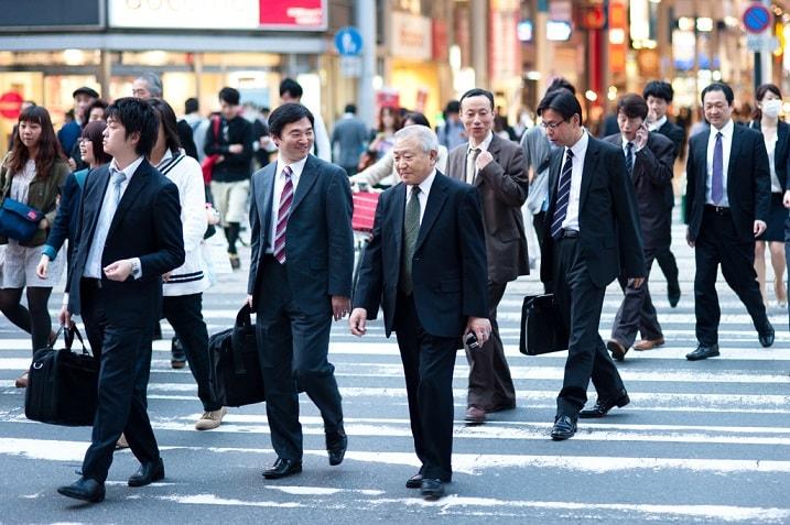 Hay nói chuyện nhiều với người Nhật để hiểu họ nghĩ gì