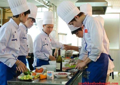 Lao động chất lượng cao tại Nhật làm nấu ăn