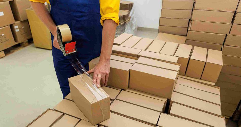Đóng gói và vận chuyển hàng hóa
