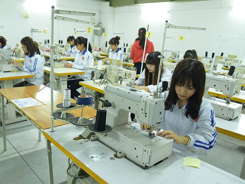 Nhật Bản thiếu hụt nhân lực ngành may trầm trọng sau dịch