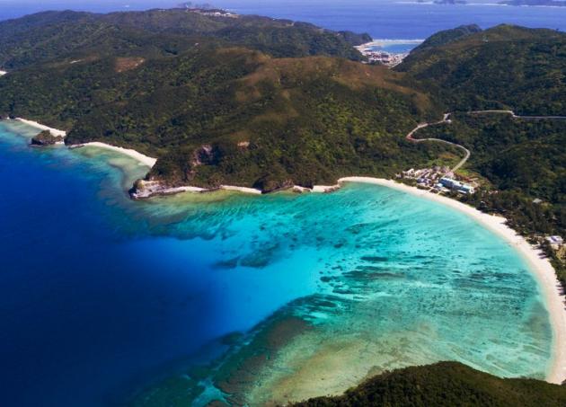 Vẻ đẹp đến ngỡ ngành của đảo Okinawa