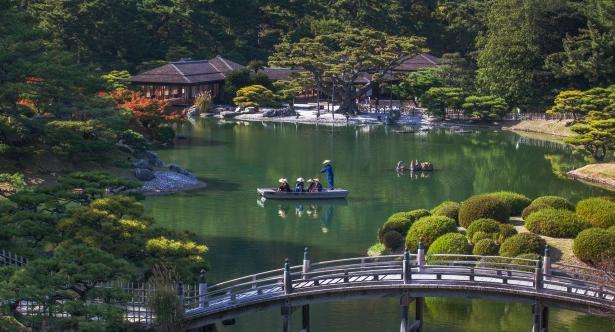 Shikoku là nơi sở hữu diện tích đồi núi lớn nhất của Nhật Bản