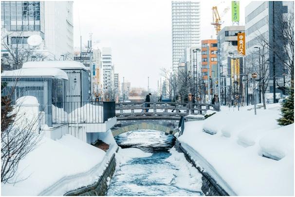 Một trong những khó khăn khi mới sang Nhật Bản mà các bạn tu nghiệp sinh phải đối mặt, đó chính là yếu tố thời tiết