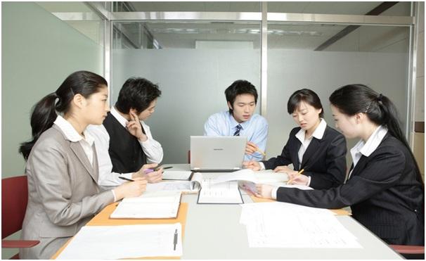 Điều thú vị về Nhật Bản nữa là người Nhật được xem là những công dân chăm chỉ nhất thế giới