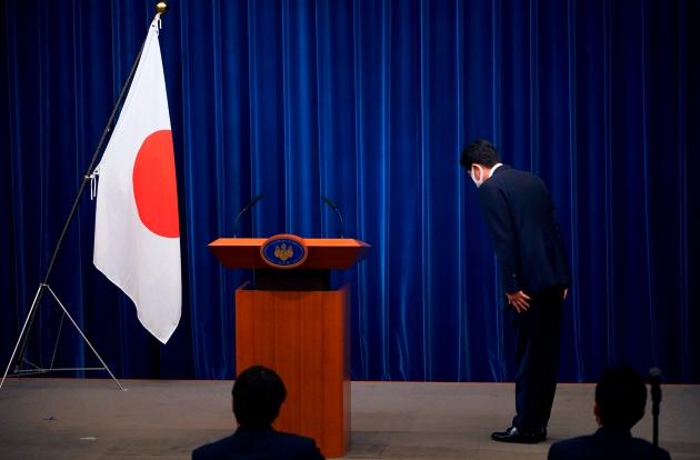 Ông Abe Shinzo - Thủ tướng Nhật Bản từ chức vì lí do sức khỏe