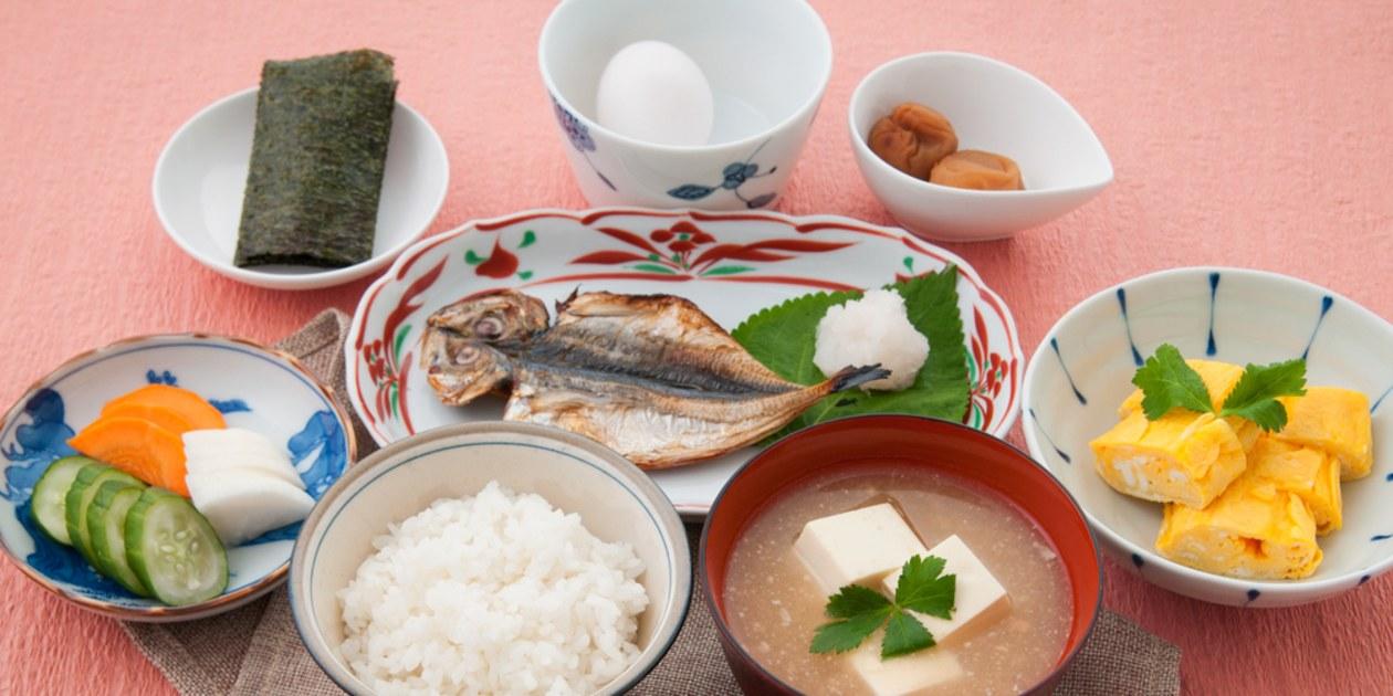 Bữa ăn đầy đủ chất dinh dưỡng của người Nhật