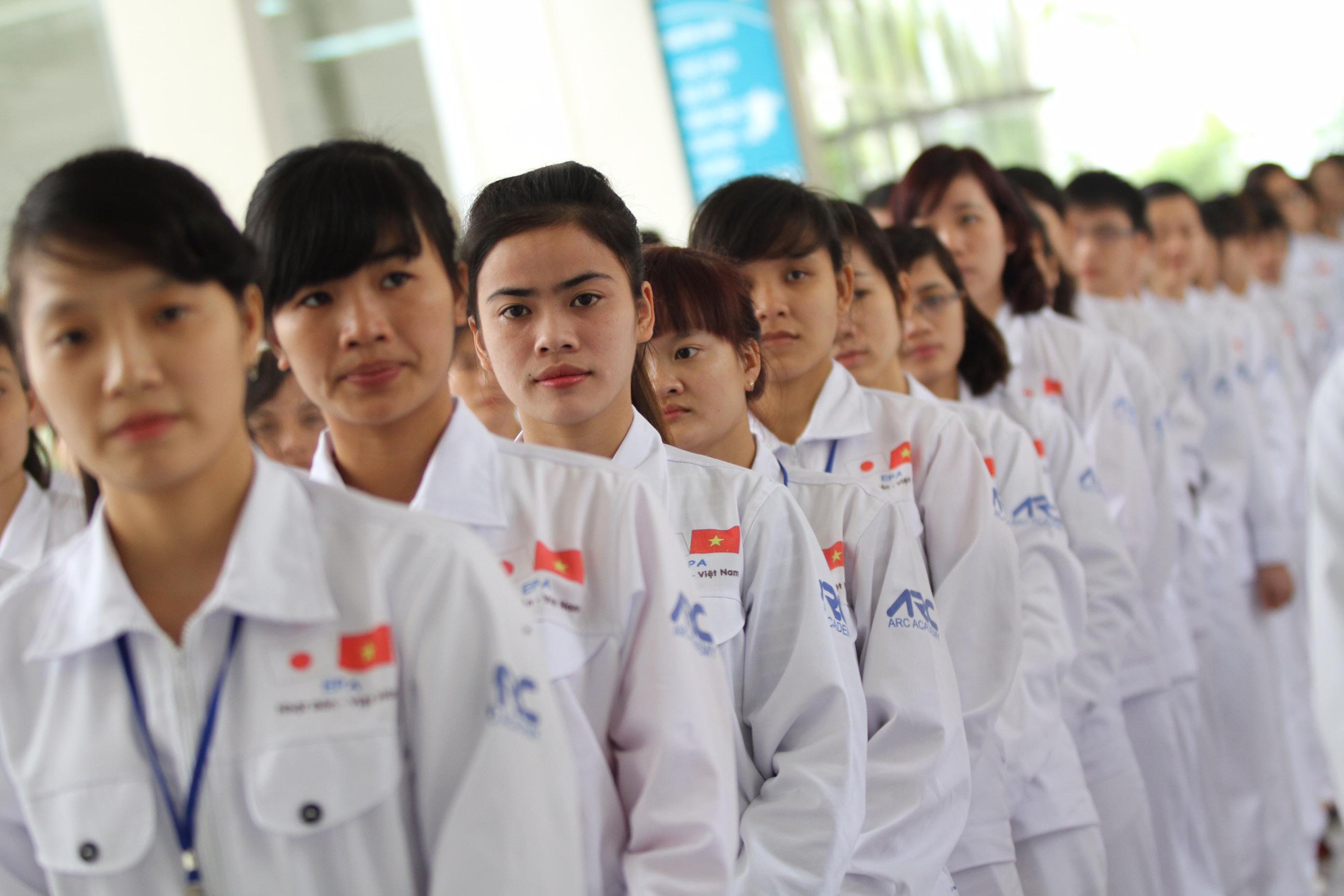 Hàng ngàn lao động ở khu công nghiệp thất nghiệp tìm đường đi xuất khẩu lao động Nhật Bản