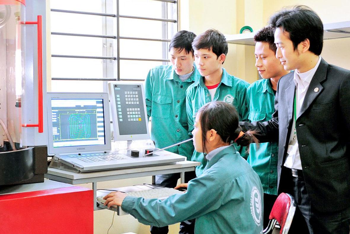 Cần nâng cao tay nghề khi đi xuất khẩu lao động Nhật Bản