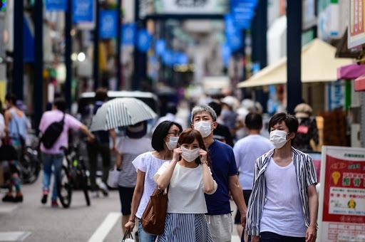 Thói quen đeo khẩu trang giúp người Nhật hạn chế được dịch bệnh