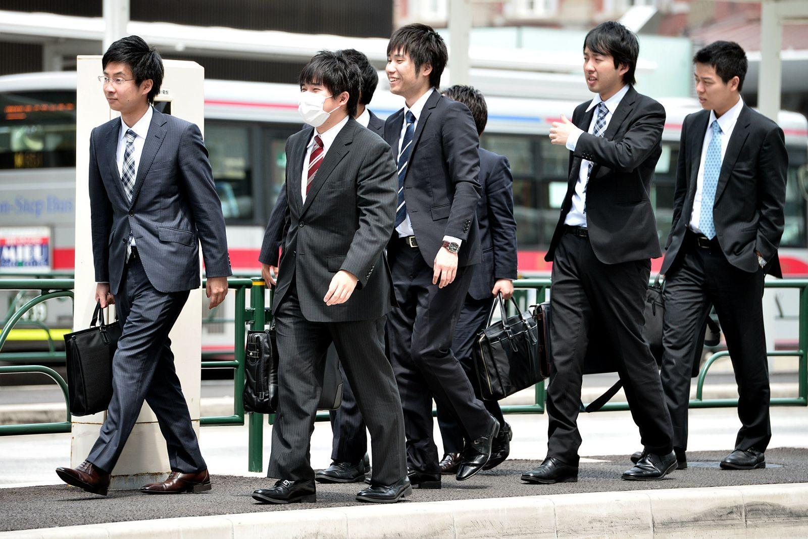 Công việc là ưu tiên hàng đầu là phong cách sống của người Nhật