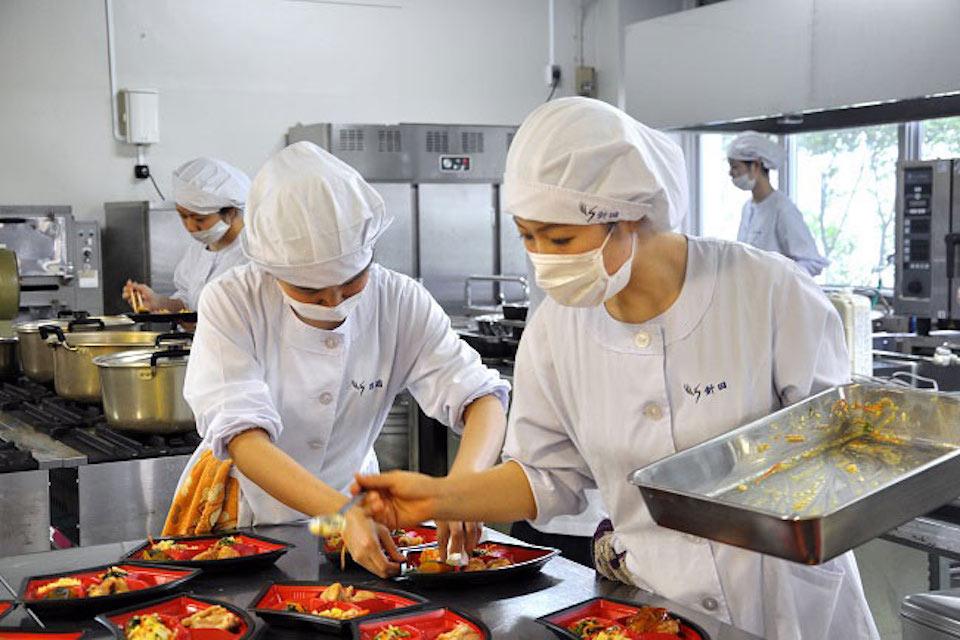 Top 5 đơn hàng hot nhất xuất khẩu lao động Nhật Bản 2021