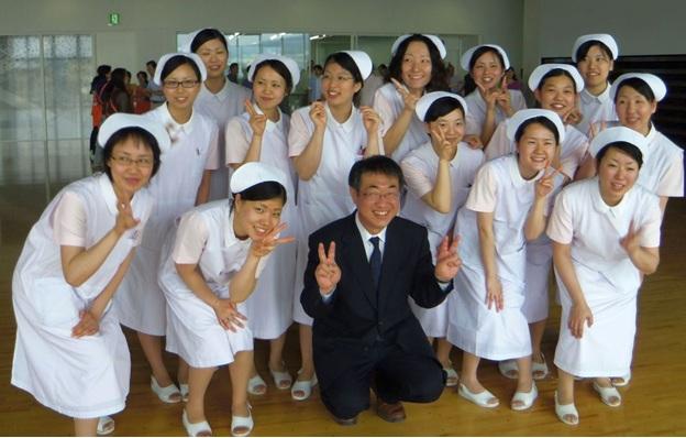 Hình ảnh sinh viên du học học bổng điều dưỡng