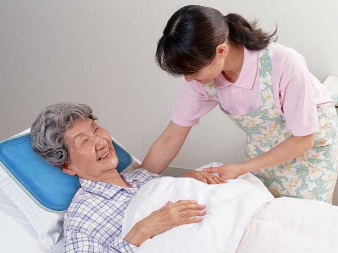 Đa phần du học sinh sẽ được làm việc nhận lương tại các viện dưỡng lão và trung tâm y tế